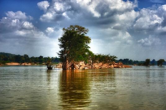 Lao,_4000_islands._Mekong._(5329199819)