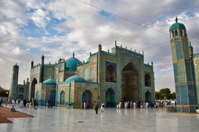 Mazar-mosque